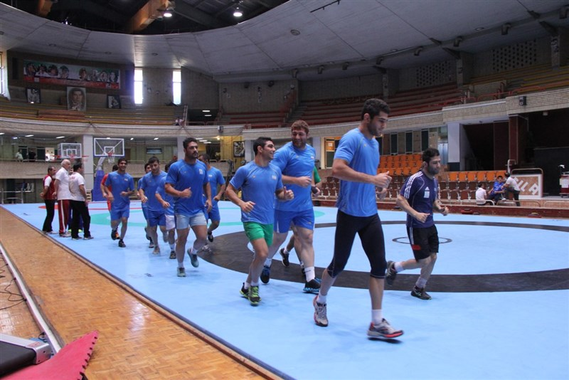 Photos/ Iran freestyle wrestling training for 2014 Asian Games